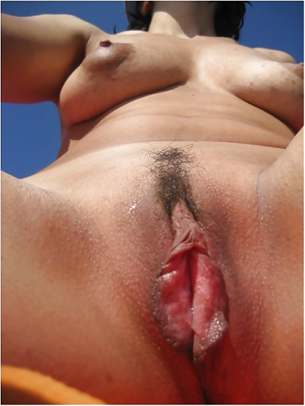 Lick lip pussy wet sex photo