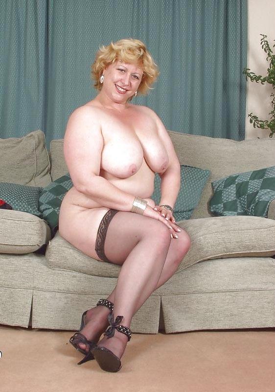 british village ladies amanda - Mega Porn Pics