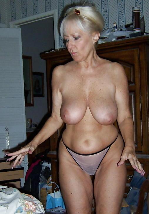 mature porn pics amateur slutty clothes