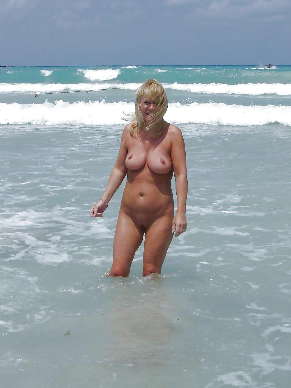 nude beach milf