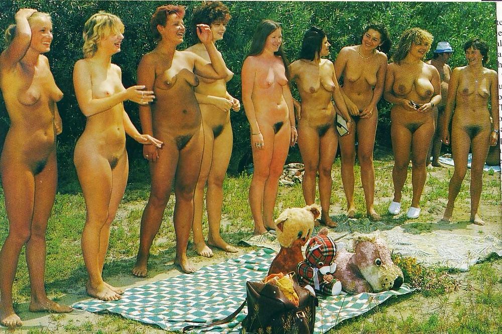 nudisti-lohmatie