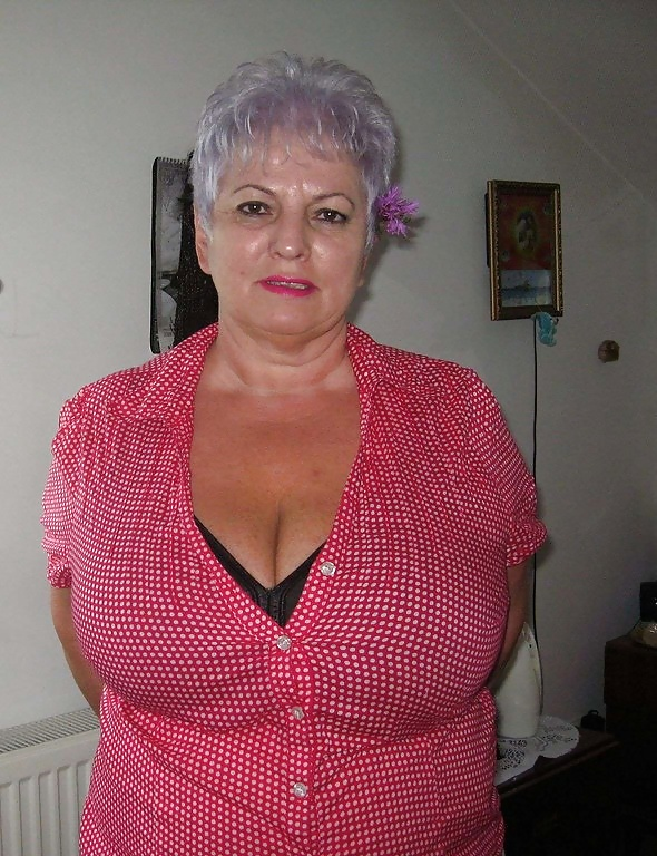 My Sexy Matures: Various granny mature bbw busty clothes lingerie 3