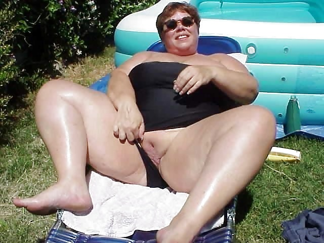 Excited CHUBBY AMATEURS SPREAD WIDE accept