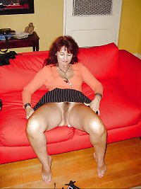 Sexy MATURES and MILFs 9